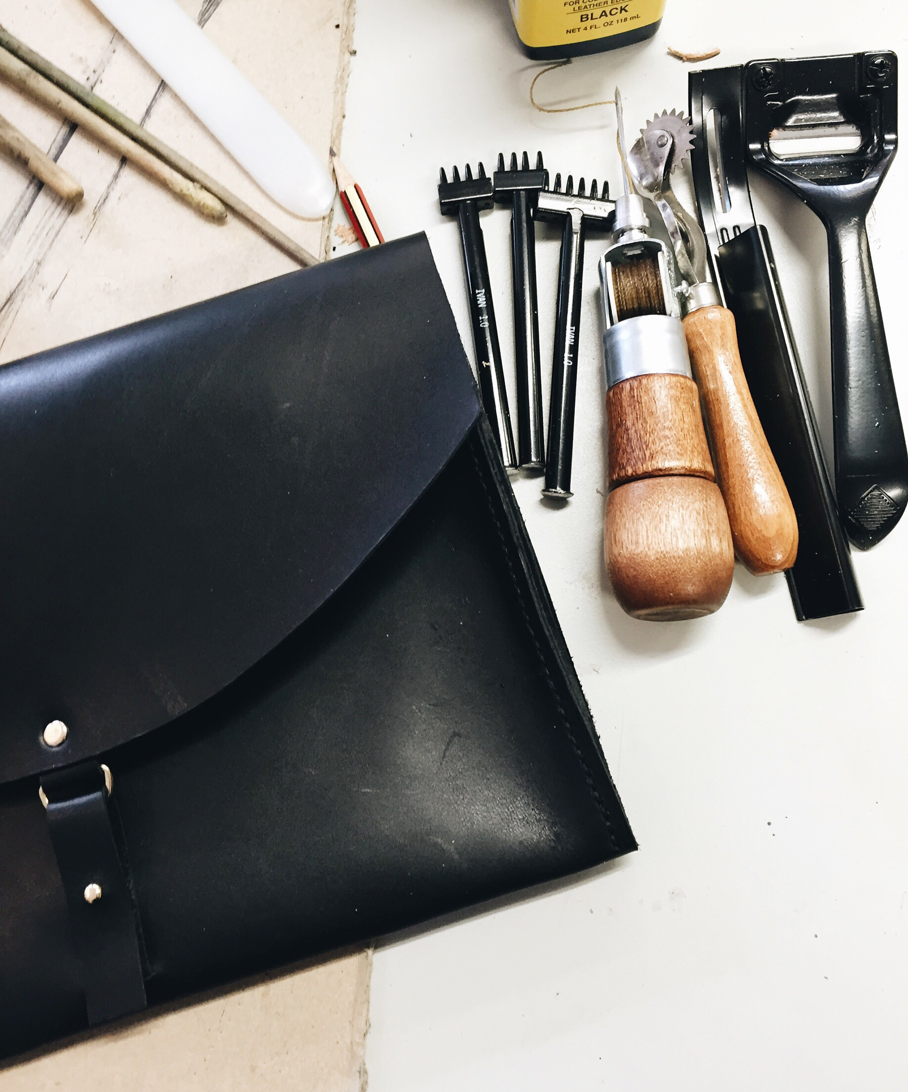 leder workshop wochenende leather workshop leather bags diy ledertaschen selbser nähen