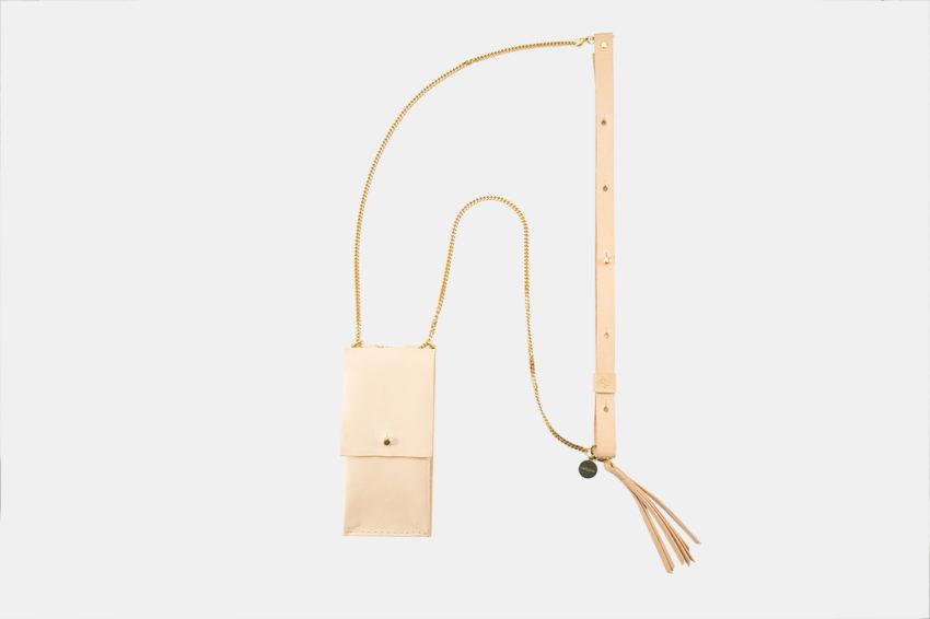 Handykette für Smartphone aus Metal mit Ledertasche crossbody necklace for iPhone with leather bag
