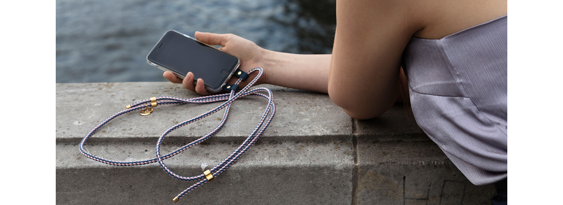 iPhone necklace, handykette , iPhone crossbody case